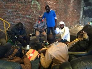Gaëtan avec les Soudanais